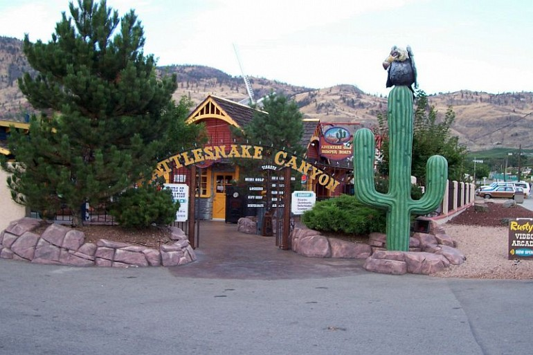 69_attractions rattlesnake canyon resized Local Attractions Gallery Image